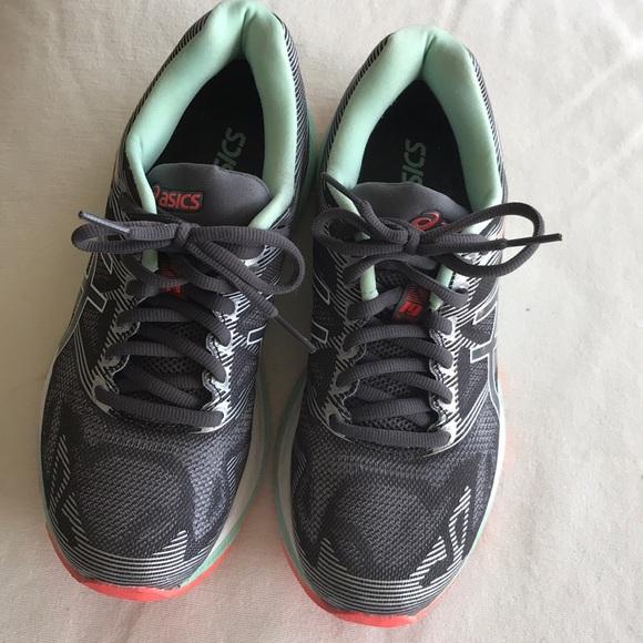 separation shoes 94f64 4c36f ASICS Gel Nimbus 19 Running Shoes - Size 6.5